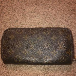 Fake Louis wallet